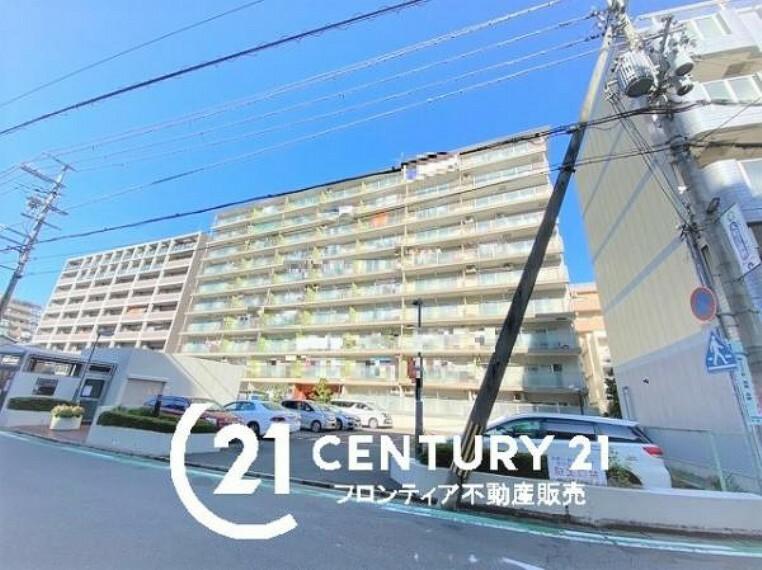 外観写真 鉄骨鉄筋コンクリート造13階建てマンション