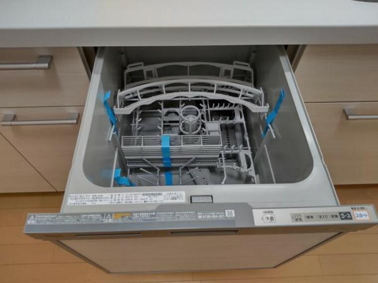 【リフォーム済】キッチンには食洗機を採用しました。忙しい奥様の強い味方です。