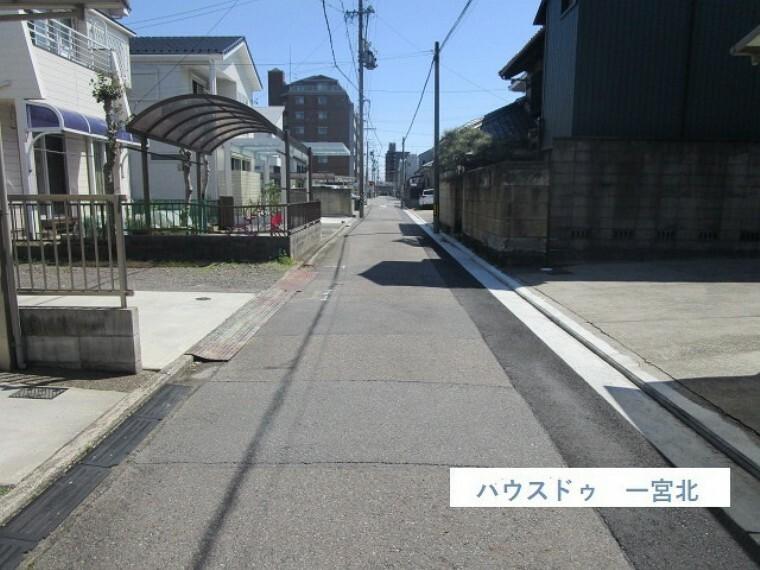 外観・現況 前面道路、南側公道 3.6m