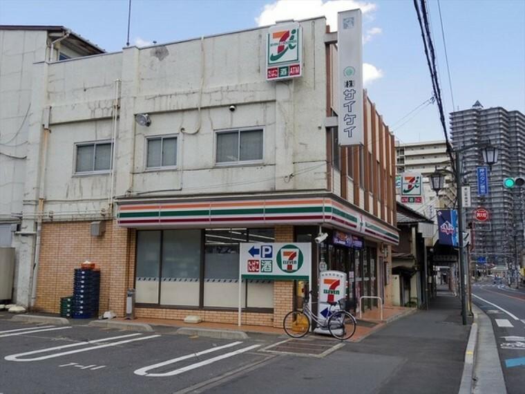 コンビニ セブンイレブン所沢金山町店