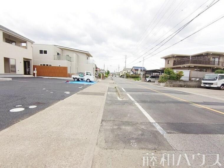 現況写真 接道状況および現場風景 【小牧市外堀3丁目】