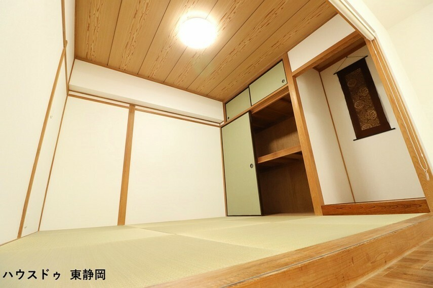 和室 約4.5帖和室。LDKとつづきなので来客だけでなく遊びや昼寝スペースにも利用可能です。