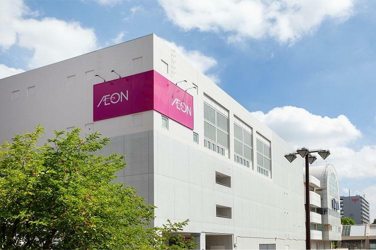 ショッピングセンター AEON 練馬店 食料品エリア、フードコートをはじめ、コムサイズム、FUJIYA、キディランドなど100以上の店舗が入店する駅前の複合商業施設。