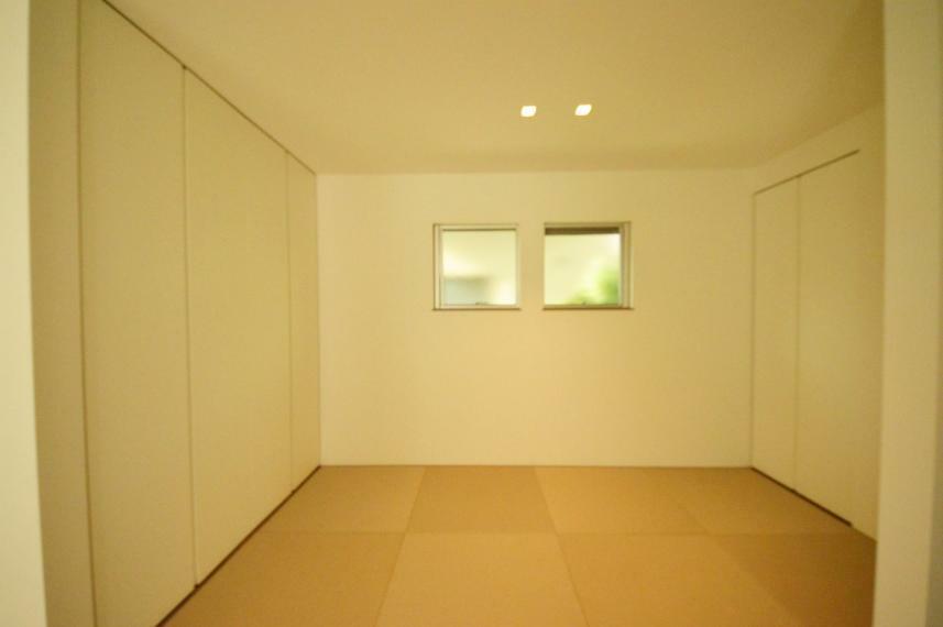和室 リビングに併設した4帖の和室