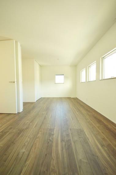 子供部屋 5.4帖2部屋へ分割可能