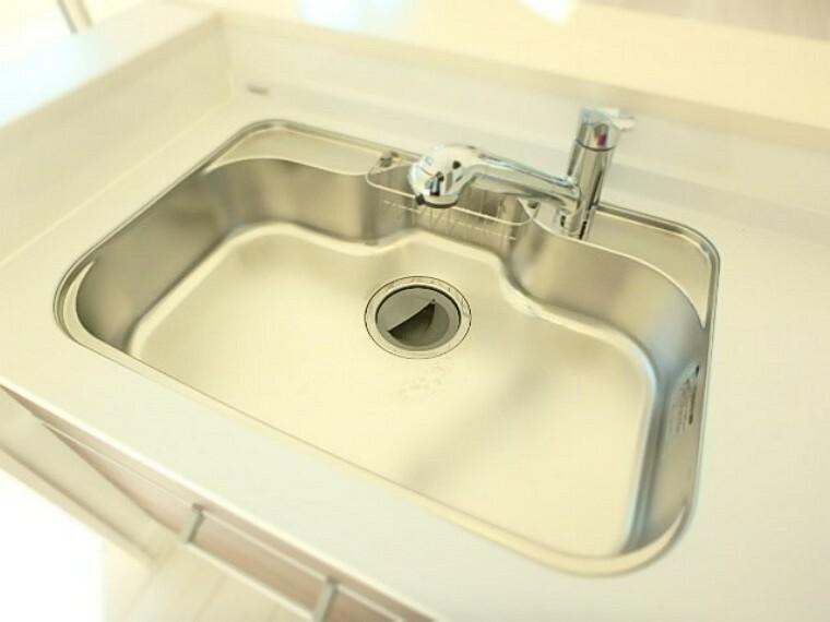 キッチン 【施工例】シングルレバー混合水栓