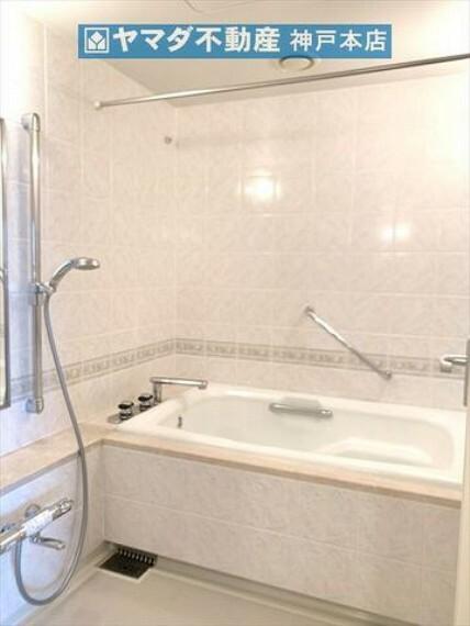 浴室 広々とした浴室です。
