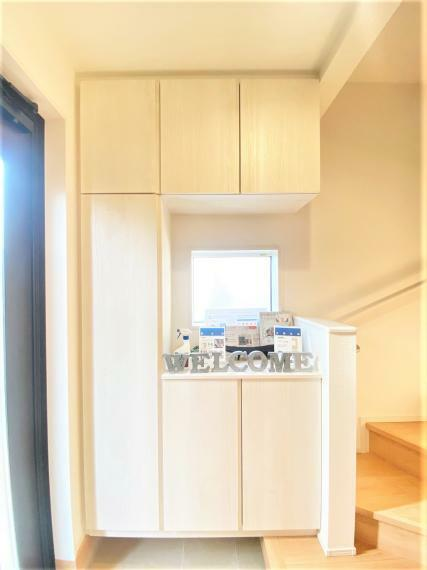 収納 玄関スペースには大型のシューズクローゼットを完備。家族が多くても大丈夫です。