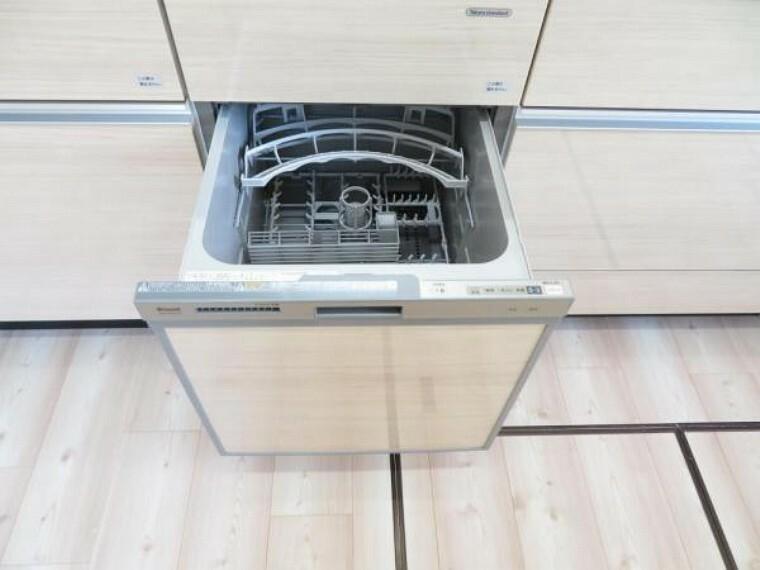 キッチン 忙しい家事の味方。食洗機で家事の時短