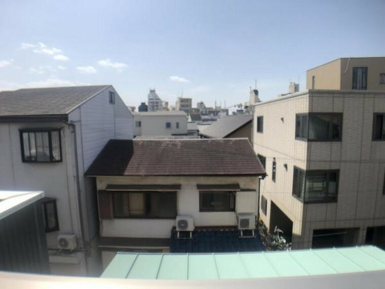 眺望 南側には高い建物もなく、陽当たり、眺望良好