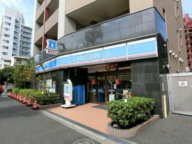 コンビニ 【コンビニエンスストア】ローソン代々木西参道店まで387m