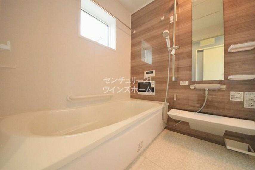 浴室 心と体をリフレッシュ!バスタイムを極上の時間にさせる設備も充実しています!ゆったり体を休めて明日の活力を充電しちゃいましょう!