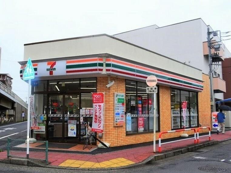 コンビニ セブンイレブン蕨北町店