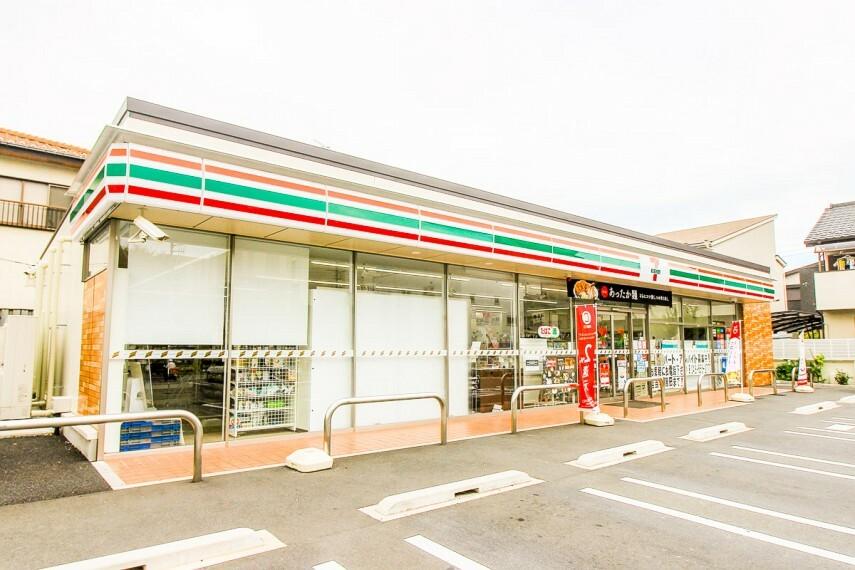 コンビニ セブン-イレブン さいたま櫛引2丁目店