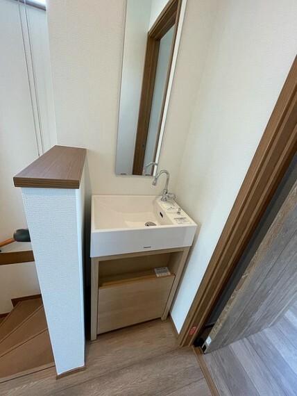 洗面化粧台 3階手洗い