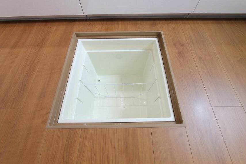 区画図 【施工例】床下収納