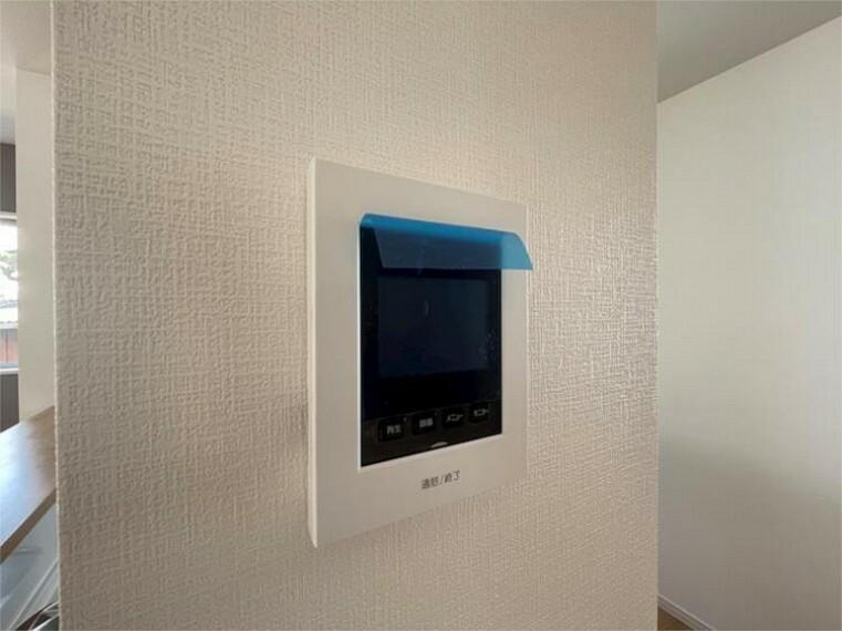 専用部・室内写真 TVモニターフォン付き、セキュリティ面も安心ですね。