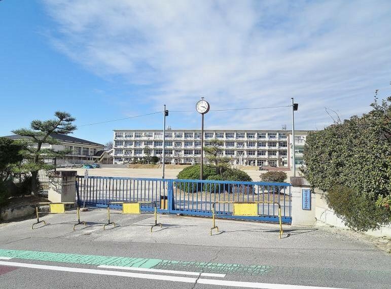 中学校 岡崎市立竜海中学校