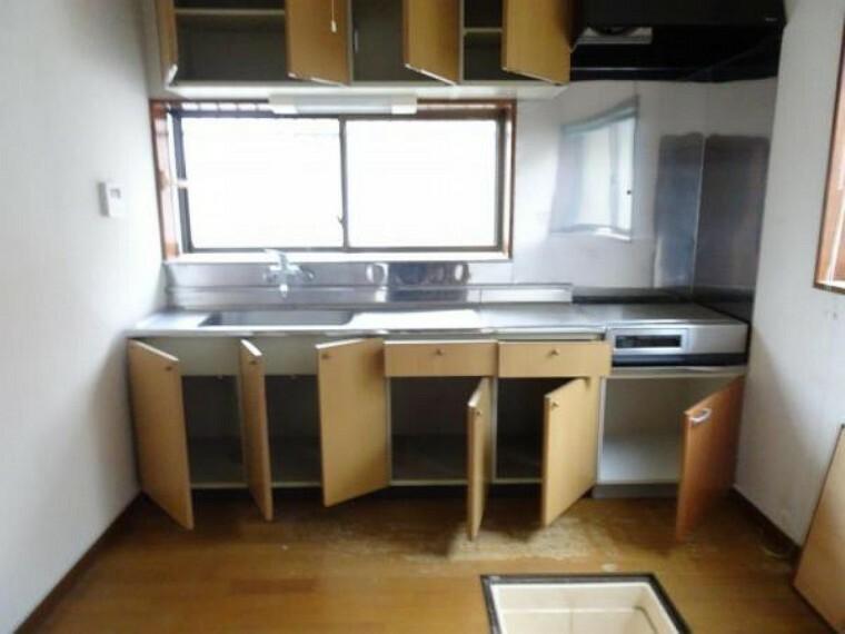 キッチン 【リフォーム中】キッチンは新品交換いたします・対面式のキッチンになる予定です。