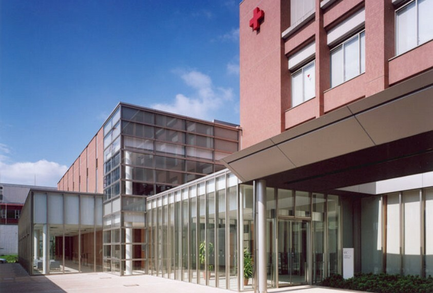 【大学】日本赤十字看護大学まで640m