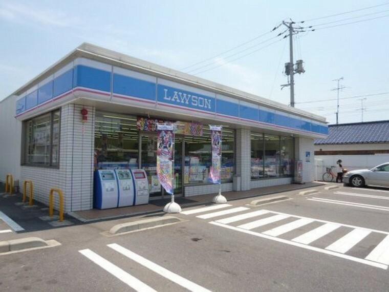 コンビニ ローソン倉敷鶴新田店