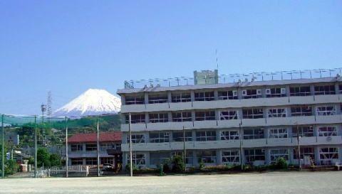 中学校 富士市立須津中学校