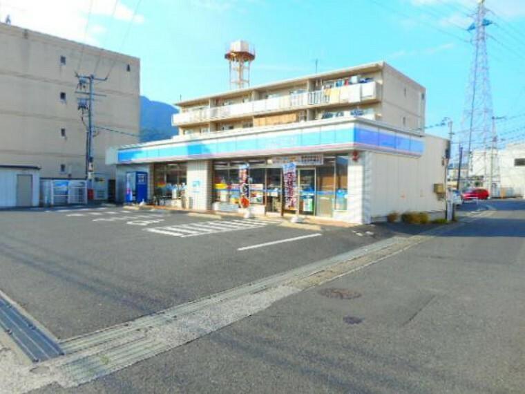 コンビニ ローソン 広島祇園六丁目店