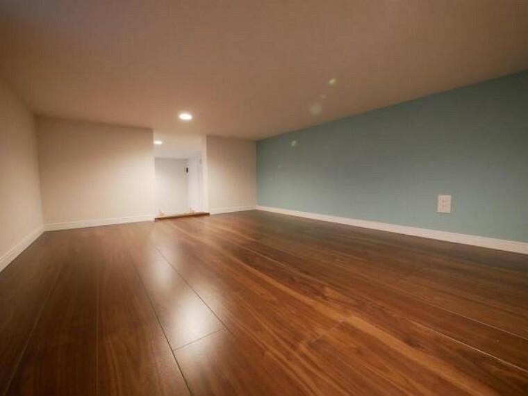 洋室 全居室2面採光にしたことでどのお部屋も明るくゆったりとした空間に。(洋室施工例写真)