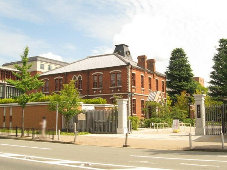 私立同志社大学