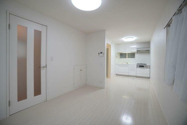 居間・リビング 明るいリビングスペースは畳数以上に広く感じると思います。