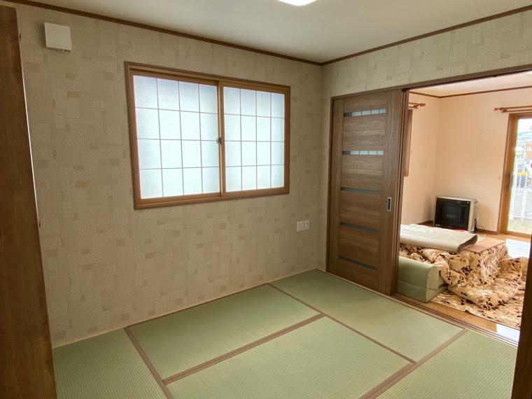 和室 リビングから流れる空気で和室も暖かいです。