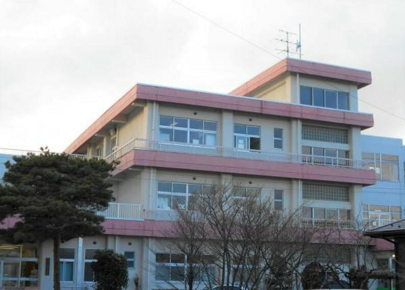 小学校 小原田小学校 徒歩約9分(759m)