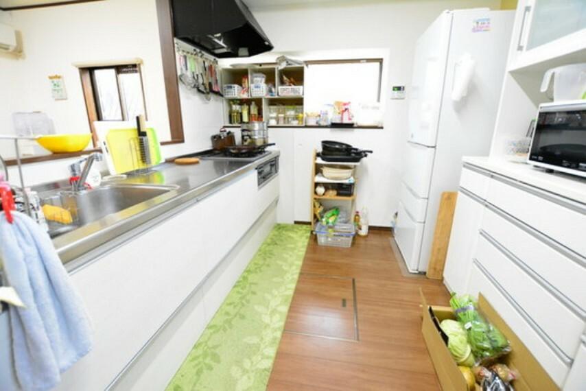 キッチン キッチン部分です。きれいに使用されています。