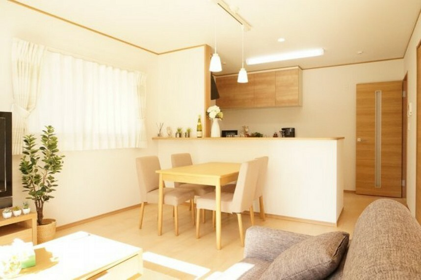 居間・リビング 同社施工イメージ。実際とは異なる場合がございます。