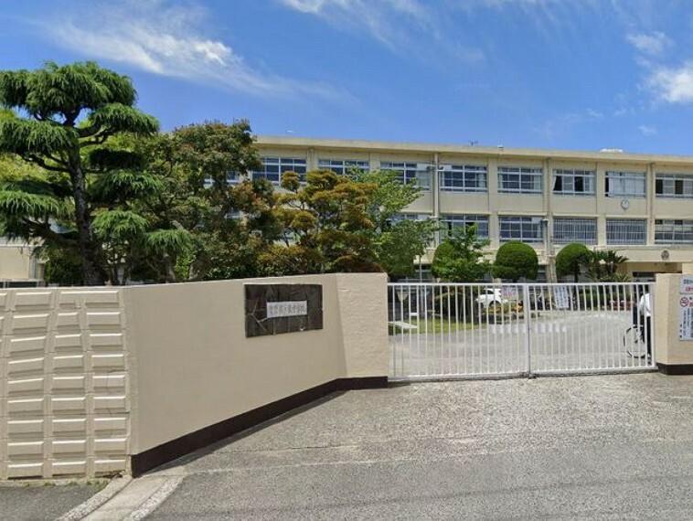 中学校 【中学校】福岡市立多々良中学校まで1531m