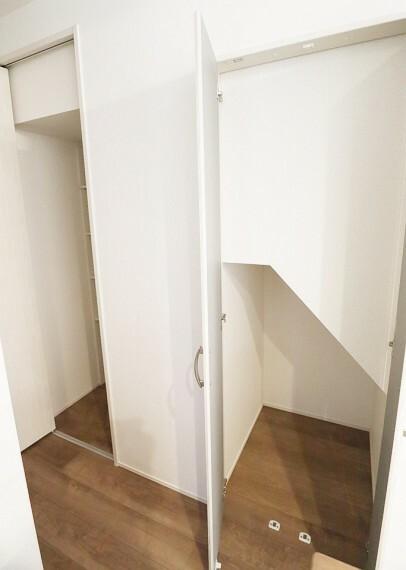 収納 キッチン横の収納スペースです。