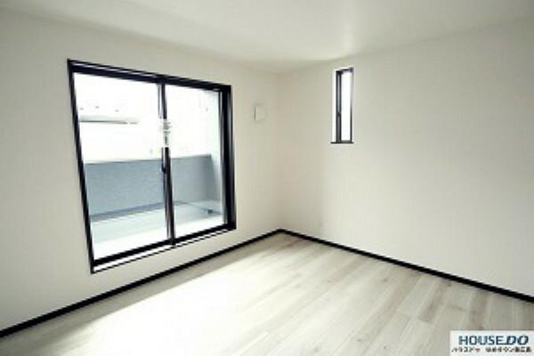 洋室 5.3畳洋室