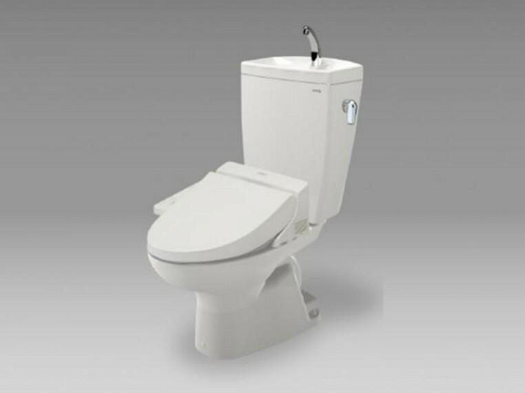 【同仕様写真】TOTO製の温水洗浄付便器に交換予定。従来に比べ約67%節水できる「節水ウォシュレット」防汚効果の高い樹脂を採用した「クリーン便座」汚れを弾く効果もあるのでお手入れ楽々ですよ。