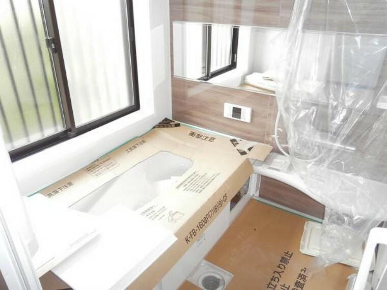 浴室 【リフォーム中写真】浴室はTOTO製、新品のユニットバスに交換予定。