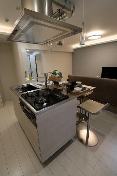 キッチン アイランド型キッチン