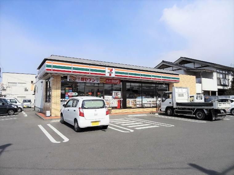コンビニ セブン‐イレブン 福島御山店