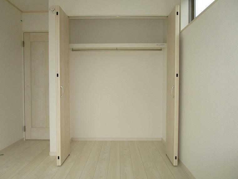 収納 2階 南東側洋室 収納 (2021年5月25日撮影)