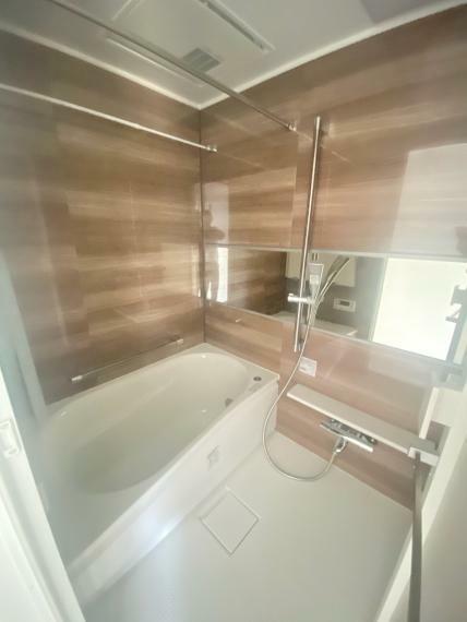 浴室 洗練されたスタイリッシュなデザイン性と使いやすさを備えた仕様です!