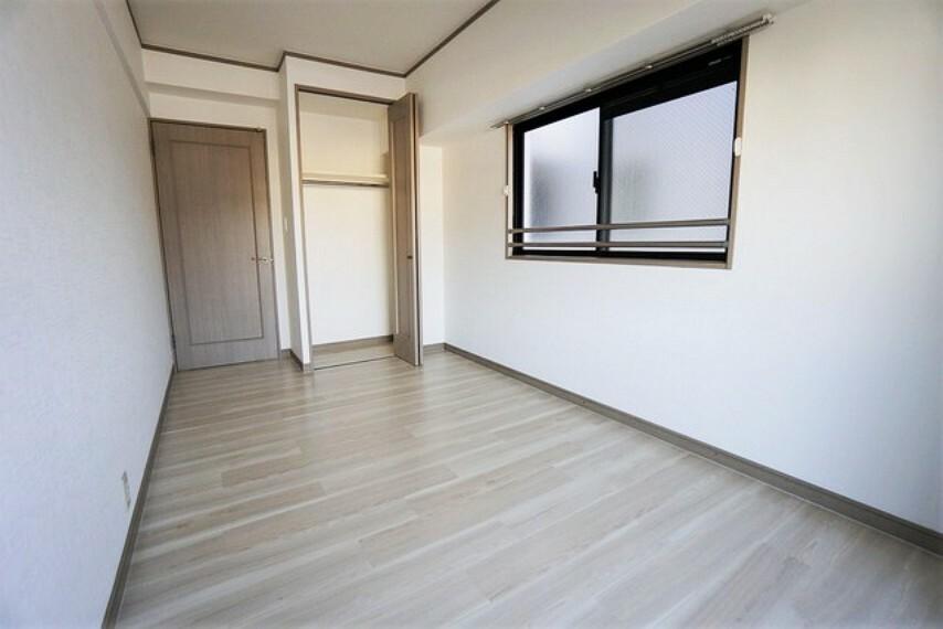 寝室 6帖の居室は子供部屋や書斎等色々な使い方ができますね^^