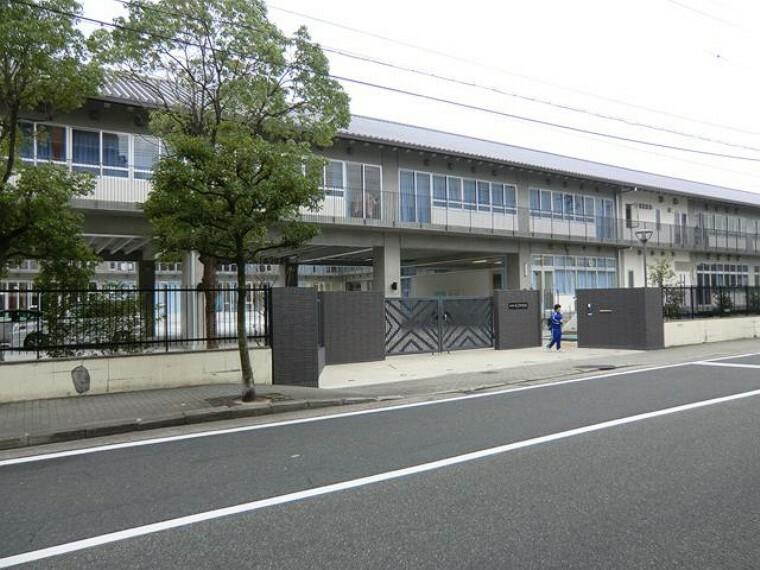 中学校 【中学校】尼崎市立大庄中学校まで997m