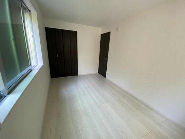 洋室 3号棟 1階居室 全室にクローゼットがございます。