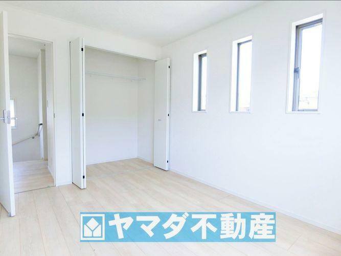 洋室6帖のお部屋です。間取り図2階の右側のお部屋です。