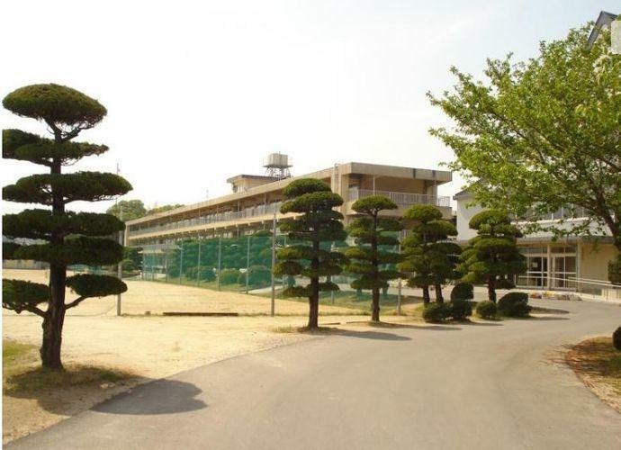 中学校 福山市立駅家中学校 徒歩37分。