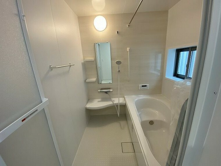 浴室 浴室・浴室暖房乾燥機付 雨の日や梅雨時期のお洗濯も困りません