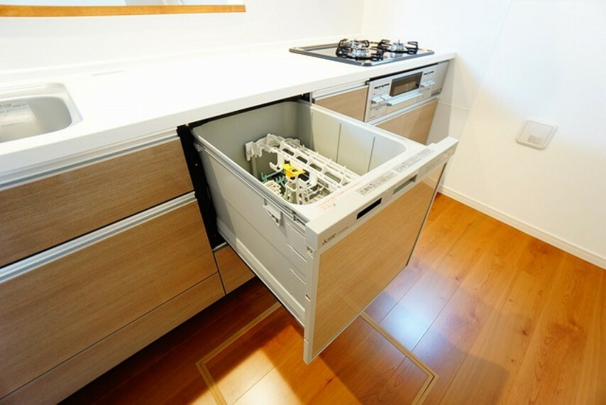 キッチン 食器を洗う手間が減るので家族とのコミュニケーションの時間や自分の時間が増えますね。